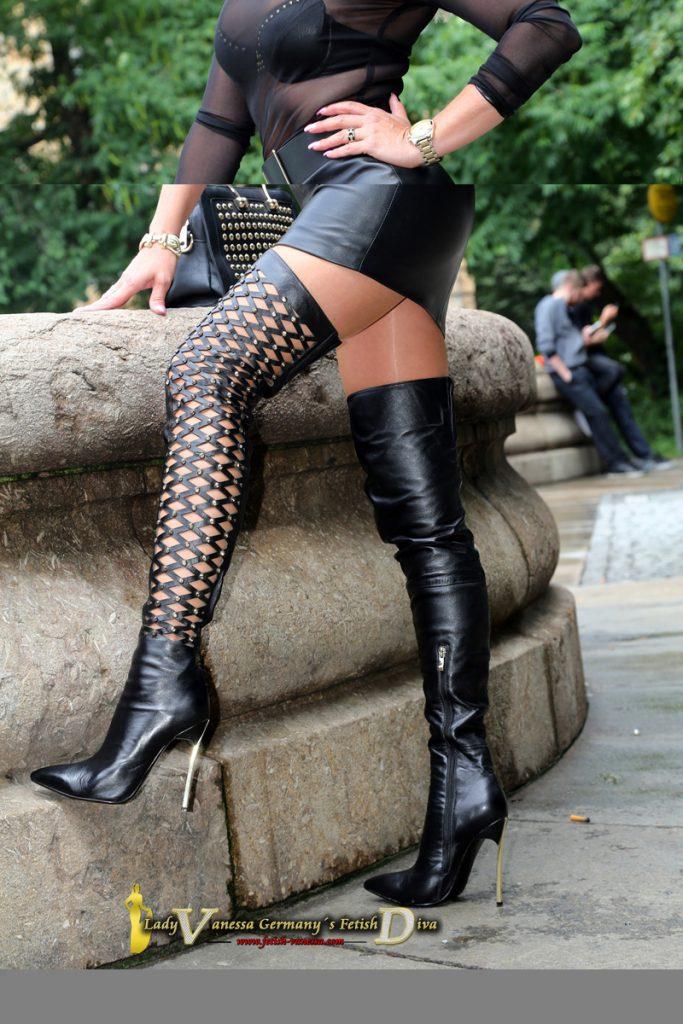 lady vanessa boots  overknee